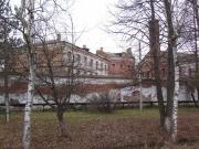 Тюремный замок — каменный трёхэтажный замок, расположен на улице Возрождения, Построен архитектором В.М. Елкашевым в 1883-85 гг.